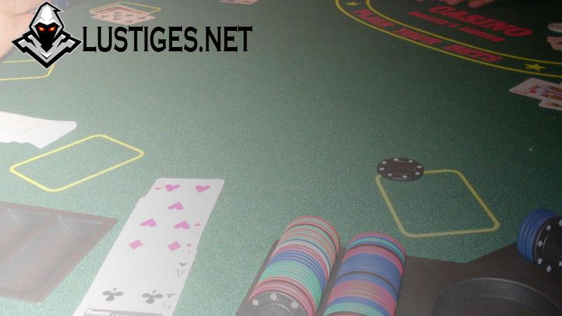 Main Mudah dengan Review Rajabacarat Situs Slot Online Terpercaya